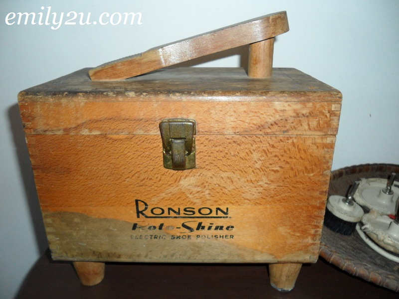 Ronson electric shoe polisher