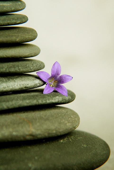 Piedras de relajación de yoga