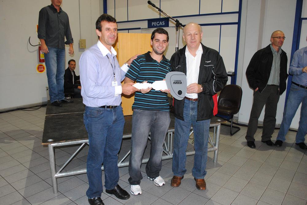 Carboni Iveco recebe clientes para apresentação do caminhão médio Vertis DSC 0119