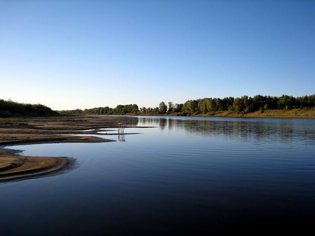 Утро на живописном берегу реки Ахтубы