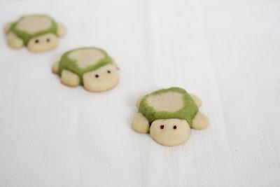 photo of three Turtle Sugar Cookies
