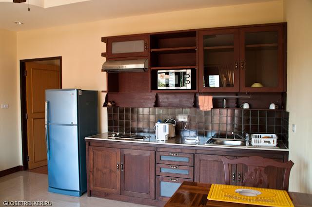 Поиск жилья в Чианг Мае. Кондо с кухней.