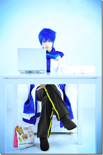 vocaloid cosplay - kaito 5 by reika