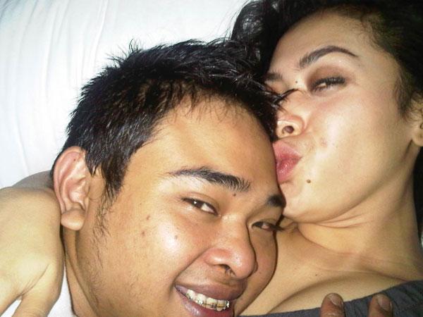 foto ciuman aisyahrani adik syahrini oktavita com