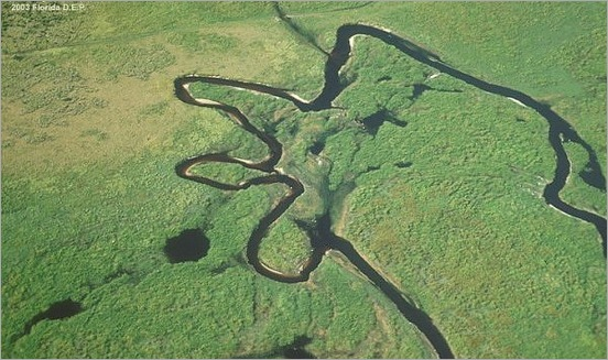 most-bizarrely-shaped-lakes-and-rivers06