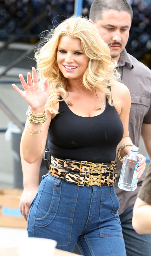 Jessica Simpson Is Fat and Old(big breasts-0photos)0