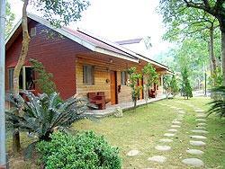 溪頭竹湖渡假小木屋