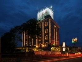 千里福汽車商務旅館