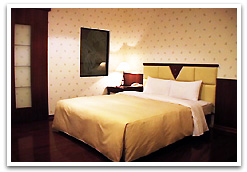 名港商務旅館