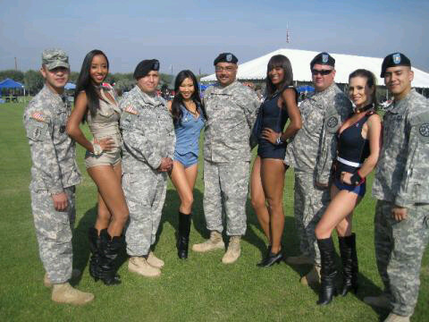 TwitPic Theater: Tomb Raider, Terminator, Girls with Gats, Veteran's Day Edition  #facebook girls:Safe For Work,girl,facebook girls,bad girl,fun girls