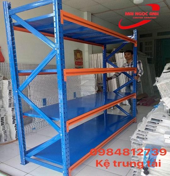 Kệ trung tải sử dụng cho các mục đích trưng bày hàng hóa, tài liệu, dụng cụ, thiết bị
