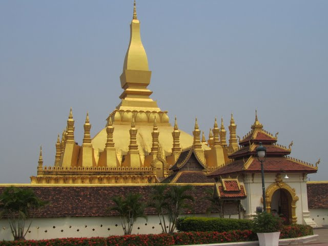 Pha That Luang – the pagoda depicted on the Lao kip