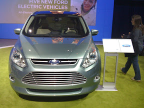 Ford C-Max Energi, Front Grill and Placard