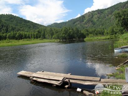 世界上容量最大、湖水最深、最古老的湖泊 - 貝加爾湖