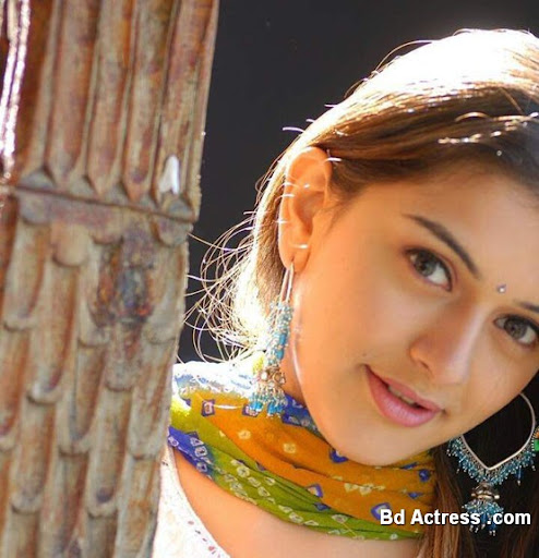 Bollywood Actress Hansika Photo-06