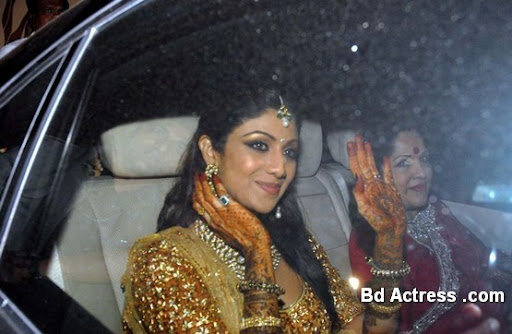 Bollywood Actress Shilpa Shetty Photo-05