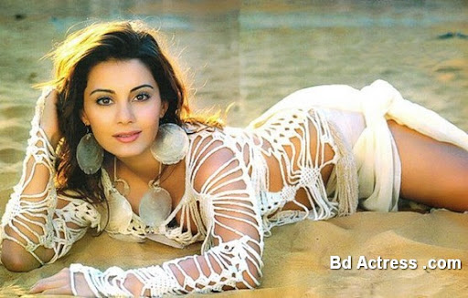 Bollywood Actress Minissha Lamba Photo-04