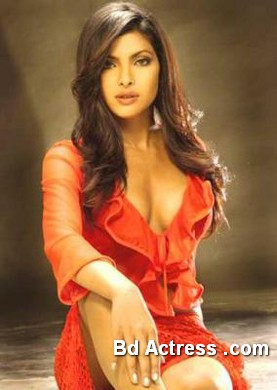 Bollywood Actress Priyanka Chopra Photo-04