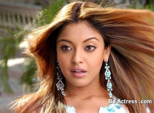 Bollywood Actress Tanushree Dutta Photo-02