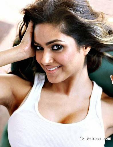 South Indian Actress Meera Chopra Photo-04