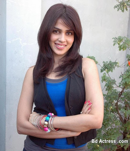 South Indian Actress Genelia Photo-02