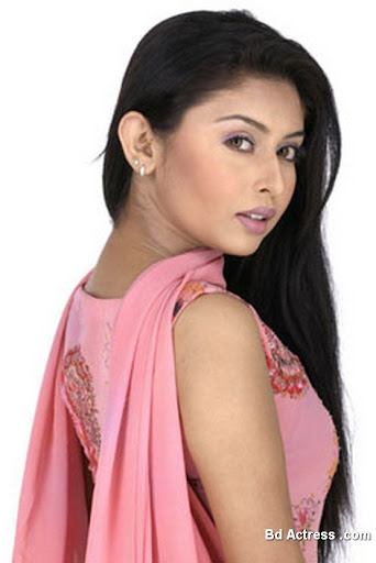 Bangladeshi Model Chadni Photo