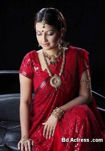 Bangladeshi Model Nowshin model look