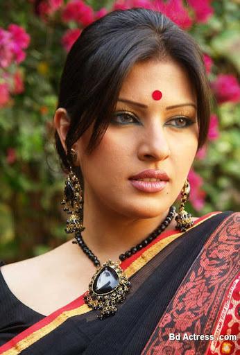 Bangladeshi Model Tinni