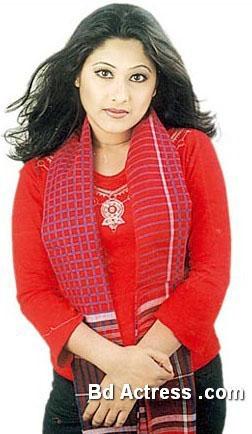 Bangladeshi Sumaya Shimu