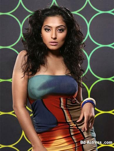 Glamour Model Mumtaz