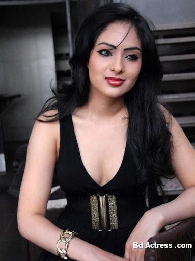 Indian Model Nikisha Patel