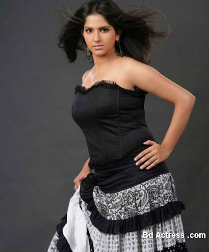 Indian Model Aparna Nair black wear