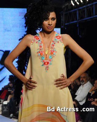 Pakistani Model Fia in a fashion show