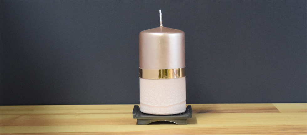 Metallic copper pillar candle