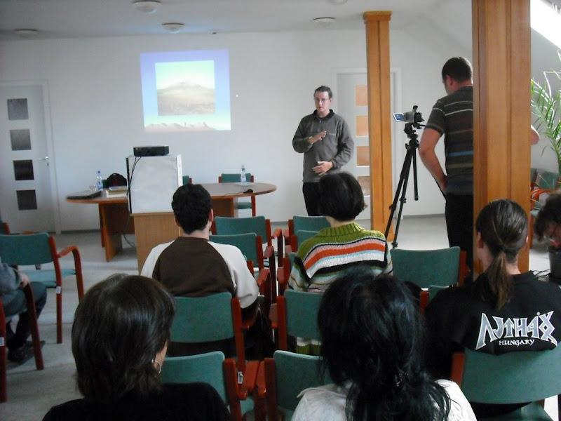 Az előadáson készült fotókat megtekintheti a képre kattintva