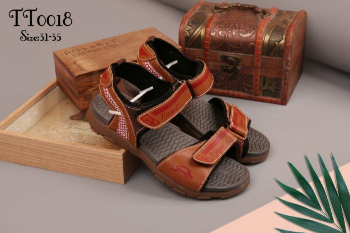 Nhu cầu kinh doanh giày dép hiện nay
