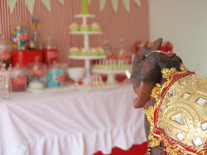 Circus Theme Dessert Table