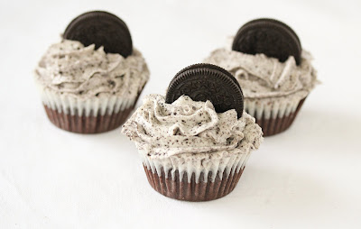 photo of three oreo cupcakes