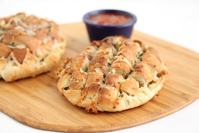 Blooming Onion Pizza Bread
