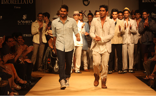 D.stress & India's Young at Heart! [men's fashion]