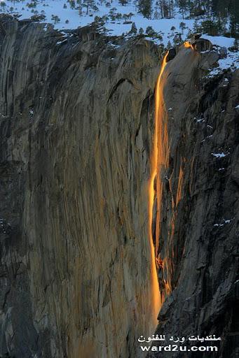 شلال النار فى مدينه كاليفورنيا