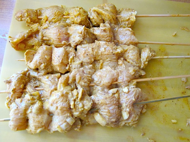 skewered tandoori chicken