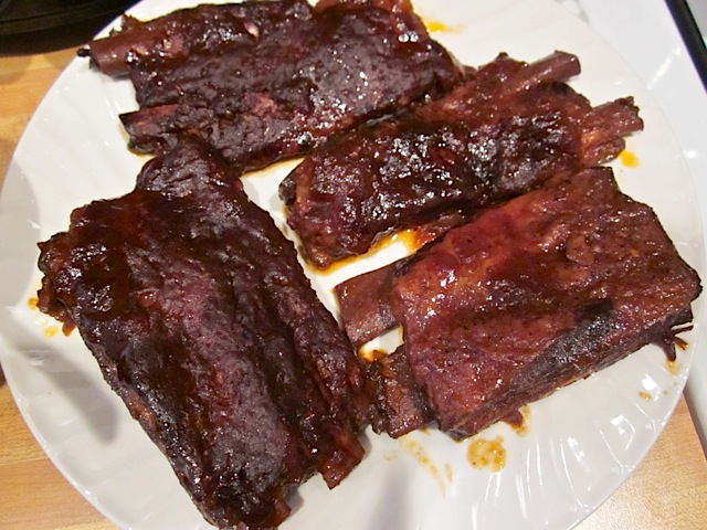 cooked bbq ribs