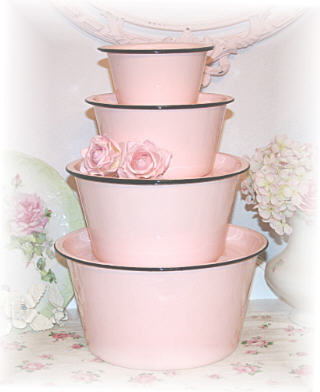 ~ Wonderful Pink Enamelware ~