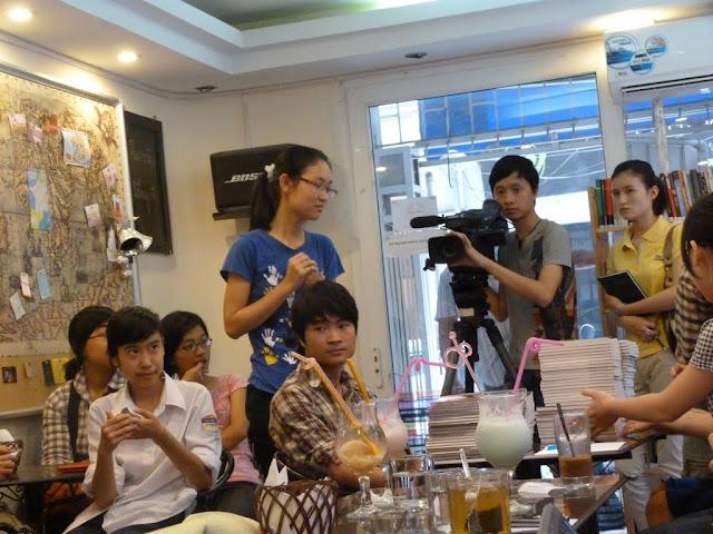 Ra mặt bộ Truyện Tranh giới trẻ Việt đang mong đợi P1070352
