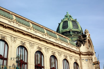 Prague Sightseeing at the Art Nouveau Municipal House