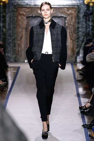 yves_saint_laurent___pasarela_335956991_