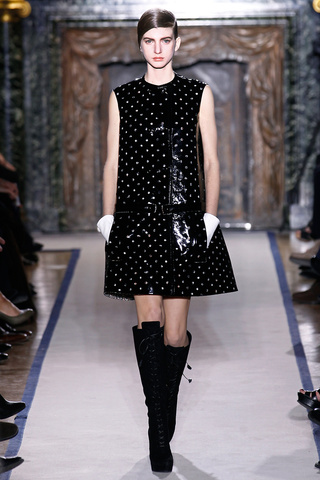 yves_saint_laurent___pasarela_719611801_