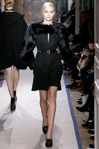 yves_saint_laurent___pasarela_720527479_