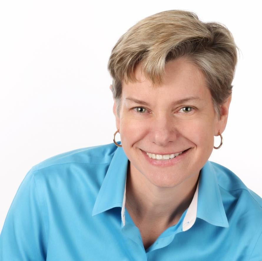 Amy roland founder of varia search headshot